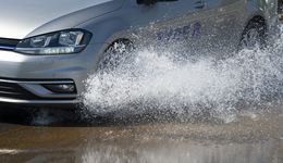 Aquaplaning, Regen, Michelin