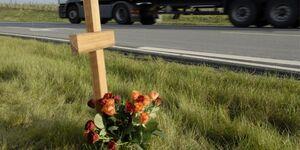 Autobahn, Kreuz, Verkehrstote