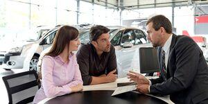 Autohaus, Autoverkauf, Autokauf