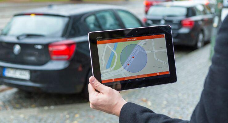 Das sensorgesteuerte Parkmanagementsystem – Parkplatz ohne Suche / The sensor-controlled parking management system – parking space without searching