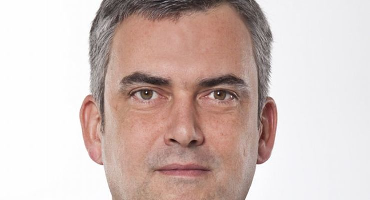 Gerhard Jungbluth, Renault, Abteilungsleiter, Autovermieter
