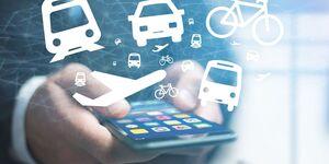 Mobilitätsdienste, vernetzte Mobilität, ÖPNV, Verkehrsmittel, Tablet