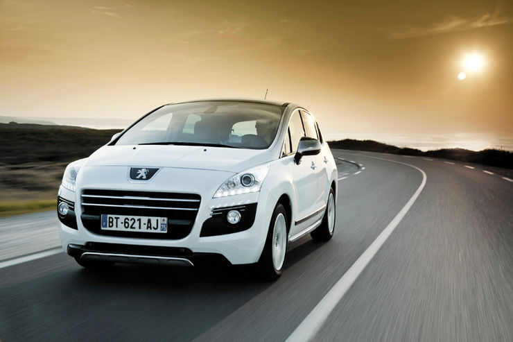 Peugeot 3008 Hybrid4, Frontansicht