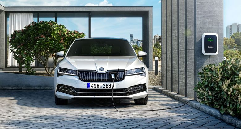 Skoda, Superb, HEV, 2020, E-Auto, Elektroauto, Wallbox