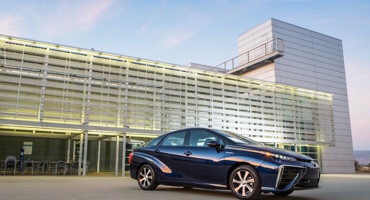 Studie zum Automobilantrieb der Zukunft - Es wird Alternativ